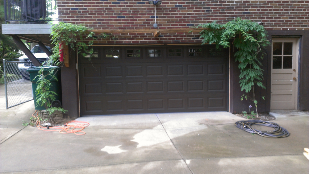 Short Panel Steel Garage Door In Cincinnati Pdq 513