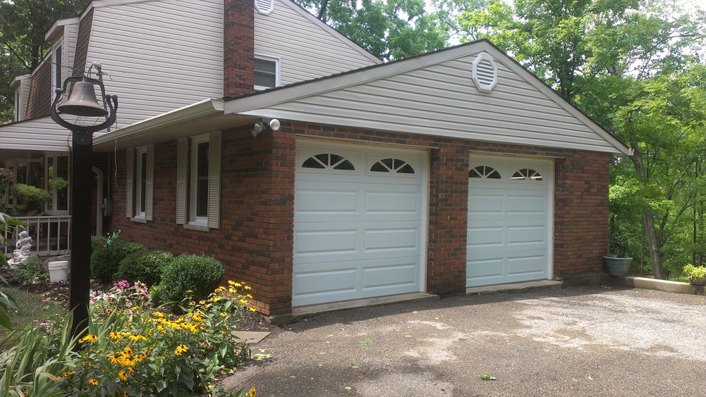 Photo Gallery & Long Panel Steel Garage Door in Cincinnati | PDQ | 513-737-3667 ...